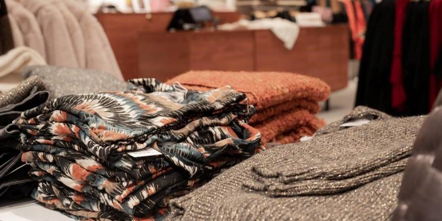 Cassis : vêtements pour femmes