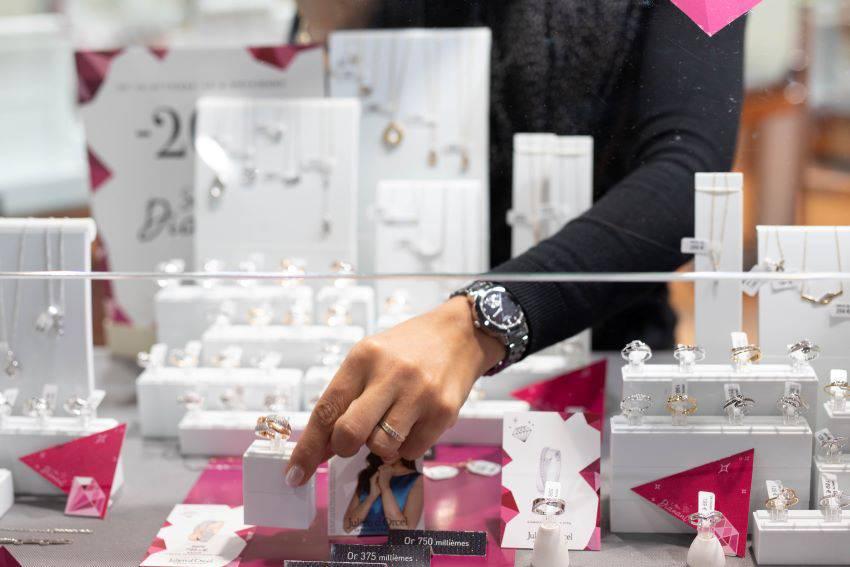Julien d'Orcel : bijoux tendances pour femmes et hommes
