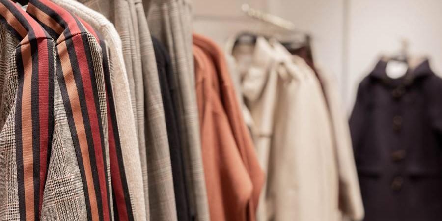 1.2.3. - Tailleurs, vestes, pantalons, robes, jupes et accessoires