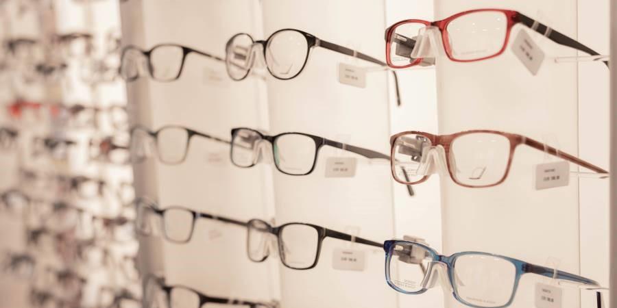 Pearle Opticiens : lunettes de vue et solaires