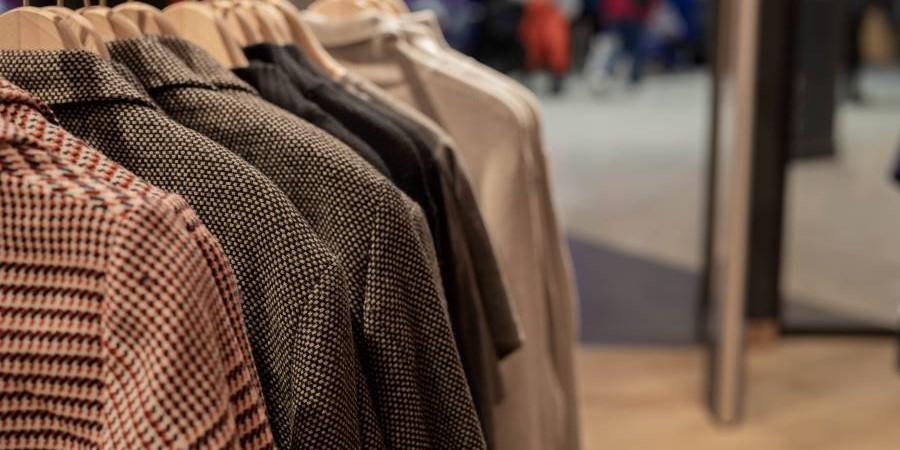 Ville Neuve : vêtements pour hommes, femmes, enfants